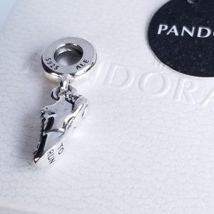 Pandora Running Shoe I love to run Silver Charm